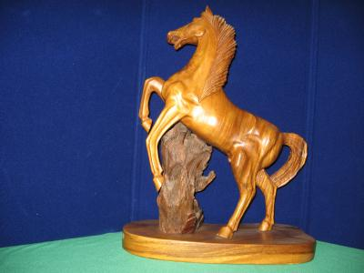 wood carving hors